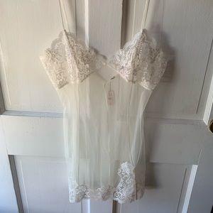 Victoria's Secret White Sheer Lace Teddy Sz M NWT
